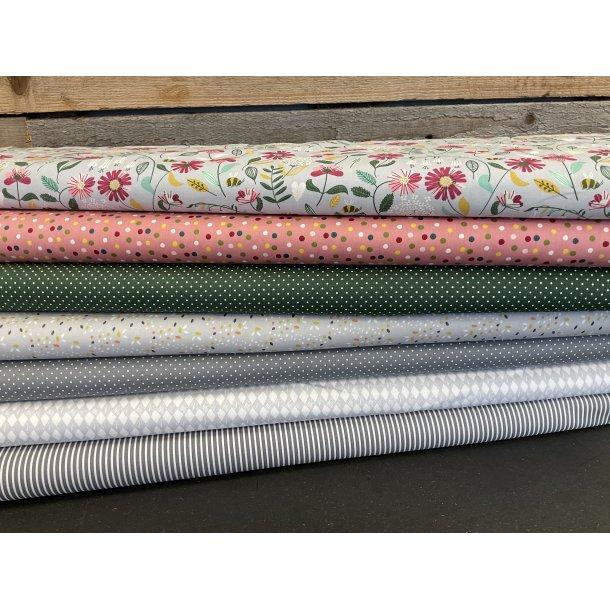 PAKKE til patchwork tæppe. 130 x 160 cm. Grå-grøn-gammel rosa