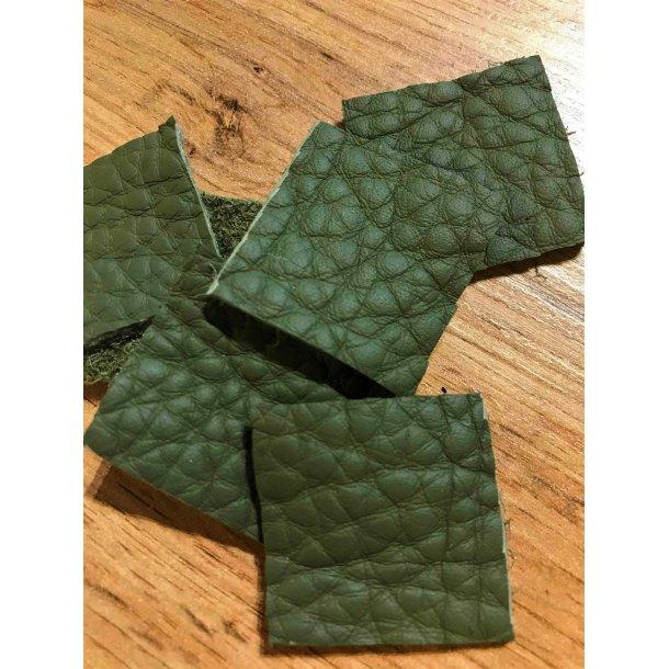 Læder lappesæt, army grøn 3x3 cm, sæt á 2 stk.