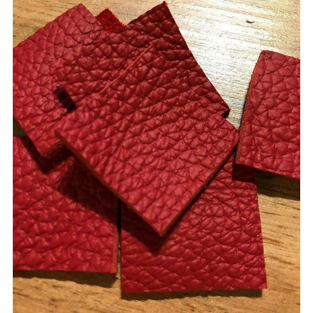 Læderlappe sæt, rød 3x3 cm, sæt á 2 stk