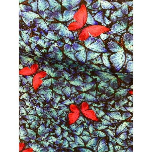 Jersey digital, Rød sommerfugl på blå sommerfugle bund. 145 kr. pr. m.