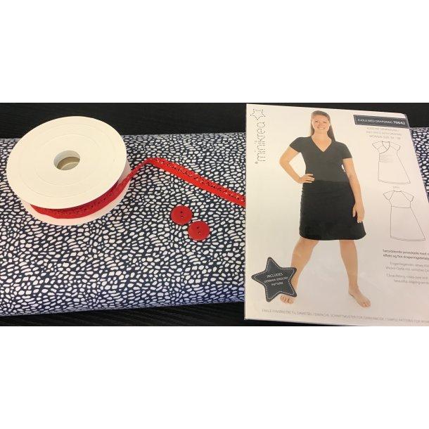 70042 pk, Til str. 42-50, Jersey m. mosaik, rød pynte elastik, 2 røde knapper, mønster