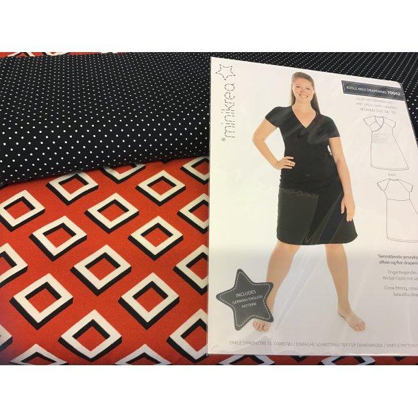 70042 pk, til str. 34-40, jersey 3d firkant/rust rød bund, hvid mini prik/sort bund, mønster