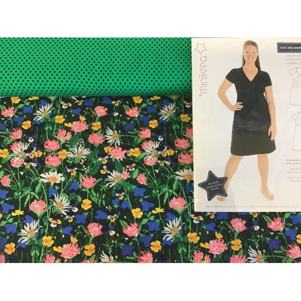 70042 pk, Til str. 34-40, jersey markens blomster, blå mini prik/grøn bund, mønster