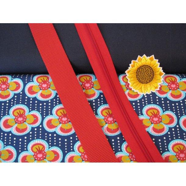 Bumbag pk. Mørk marine lærrede, retro blomst marine bund, rød lyn/gjord, solsikke mærke