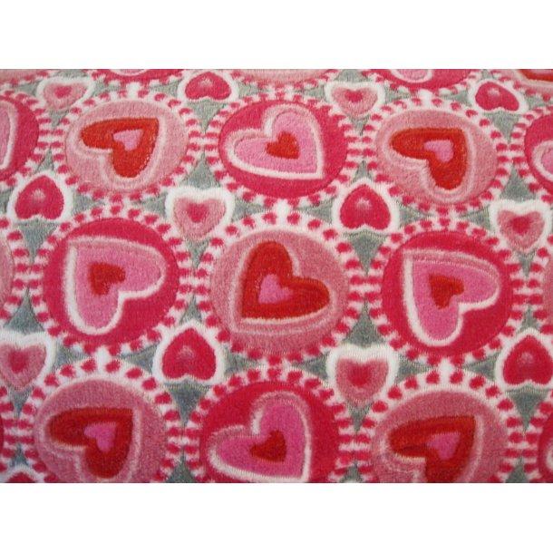 Fleece, røde/lyserøde hjerter i cirkel, lys grå bund