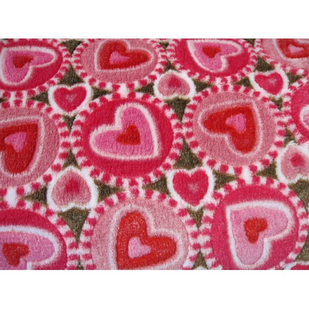 Fleece, røde/lyserøde hjerter i cirkler, brun bund
